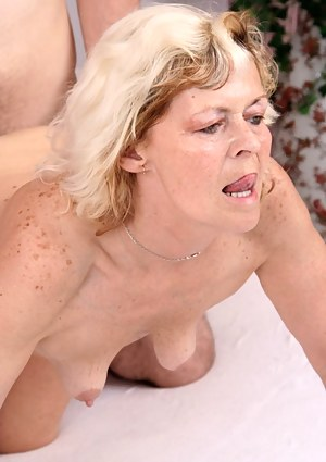 Free MILF Hardcore Porn Pictures